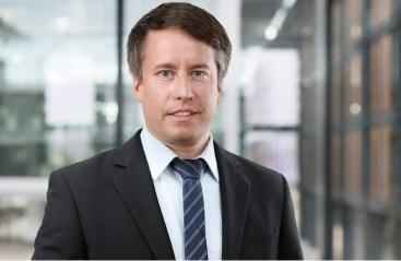 Dipl.-Jurist Hendrik Straus